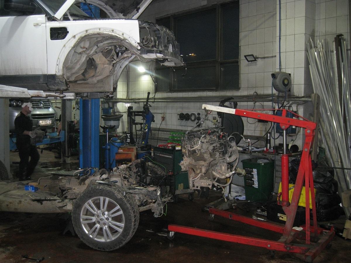 Кузов автомобиля снятый с рамы